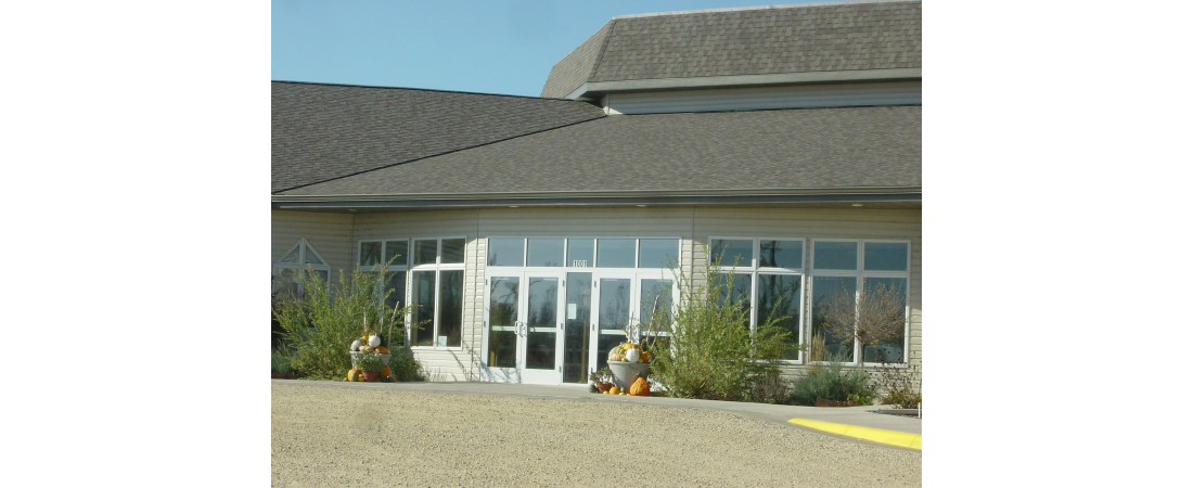 wisconsin-architect-church_roberts-congregational-ucc_front-entry-view-1100x450.jpg
