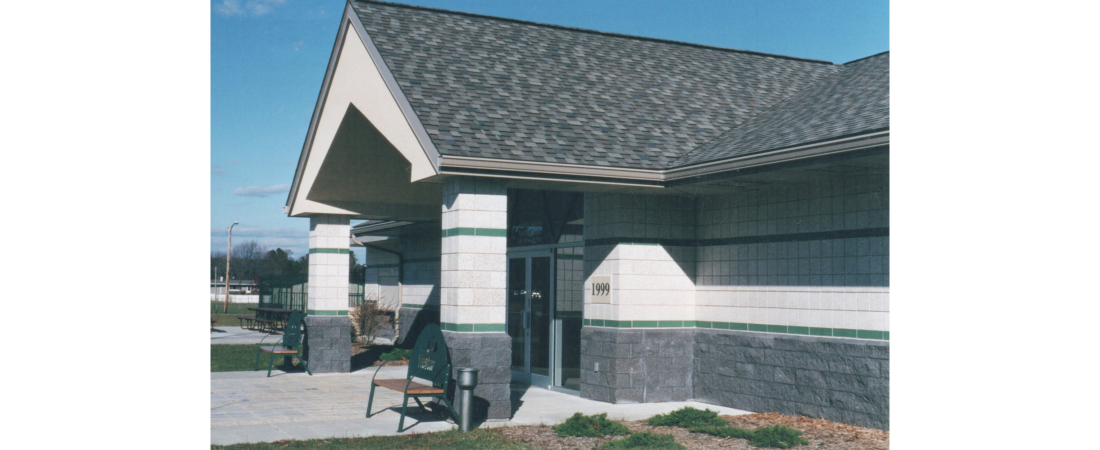 wisconsin-commercial-architect_weston-aquatic-center_Entry-View-1100x450.jpg
