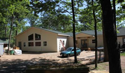 Rhinelander-School-Forest-Education-Building-exterior-2000x1333-400x235.jpg