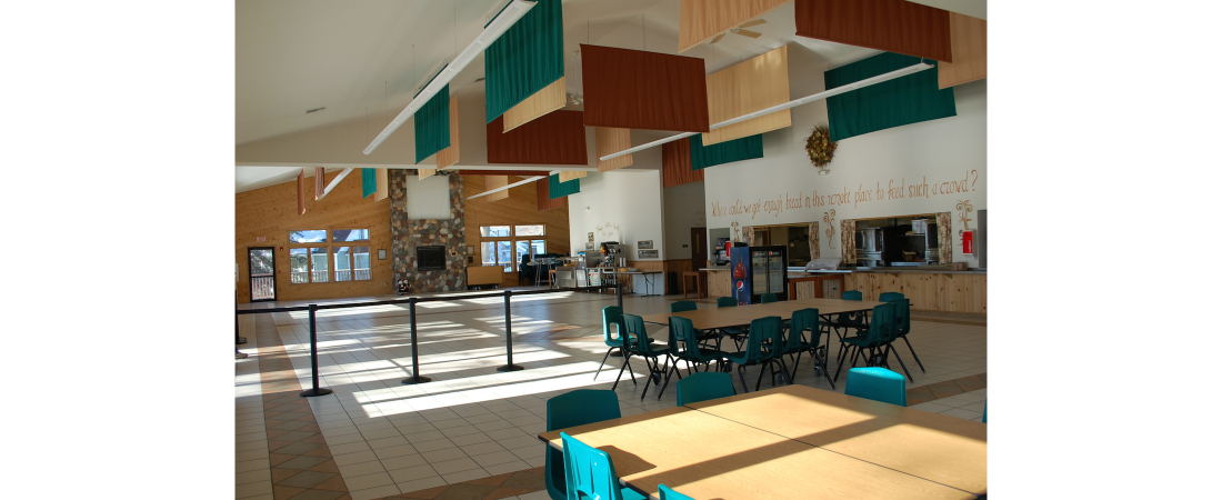 Spencer-Lake-commercial-architect_camp_Dining-Hall-Dining-room-wo-tables-1-1100x450.jpg