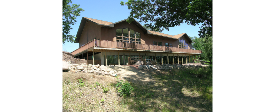 Spencer-Lake-commercial-architect_camp_Dining-Hall-exterior-rear-view-2-1100x450.jpg