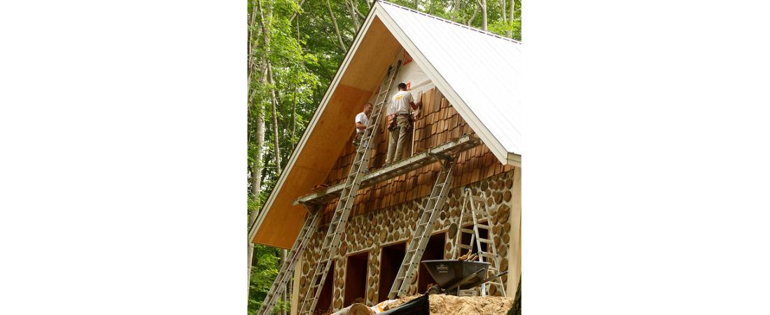 michigan-residential-architect_custom-home_konopka-cabin_exterior-Progress-Front-View-1-1100x450.jpg