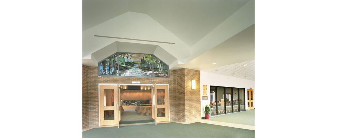 minnesota-architect-church_brooklyn-park-efc_interior-lobby-1100x450.jpg