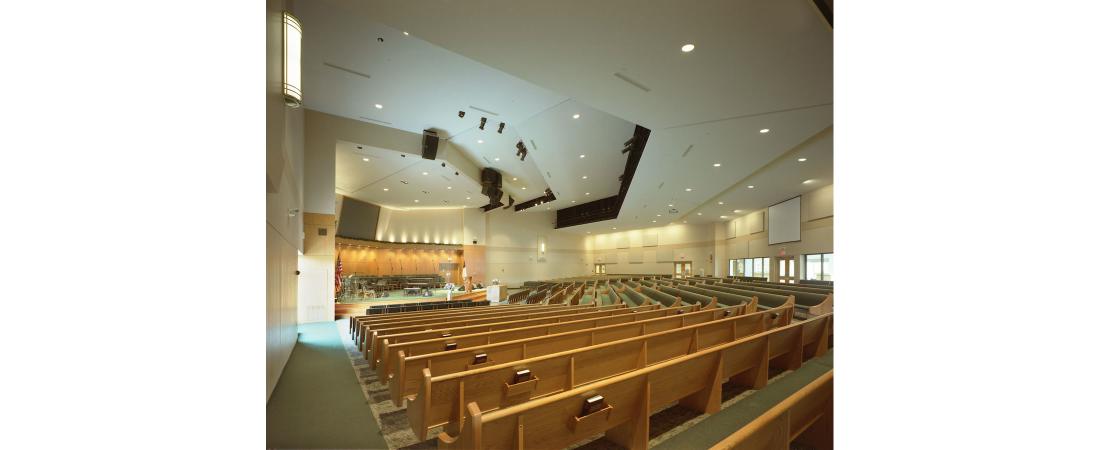 minnesota-architect-church_brooklyn-park-efc_interior-worship-1100x450.jpg