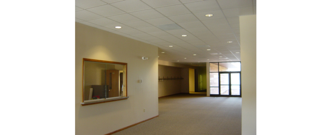wisconsin-commercial-architect_Faith-Woodruff-Lobby-1100x450.jpg